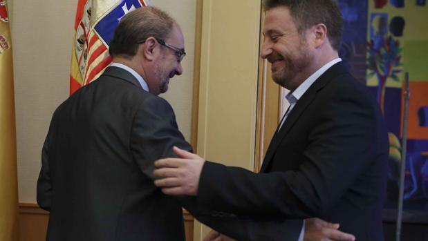 El presidente Lambán (PSOE) y su socio de gobierno José Luis Soro, líder nacionalista de la Chunta