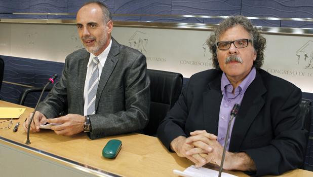 Joan Ridao y Joan Tardà, en el Congreso, en 2011