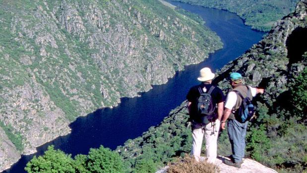 El Cañón del Sil es uno de los destinos que ofrece una vista totalmente espectacular