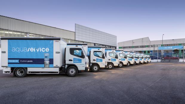 Flota híbrida de camiones de reparto de Aquaservice