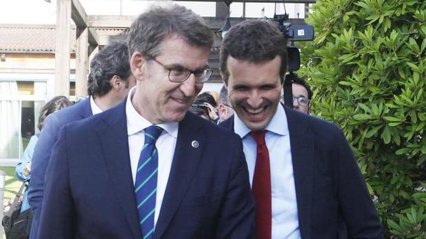 Pablo Casado y Feijoo en Santiago de Compostela