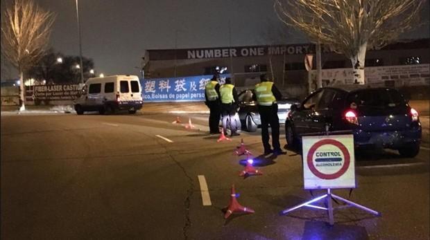Control de alcoholemia en el que los agentes detuvieron a los conductores ebrios
