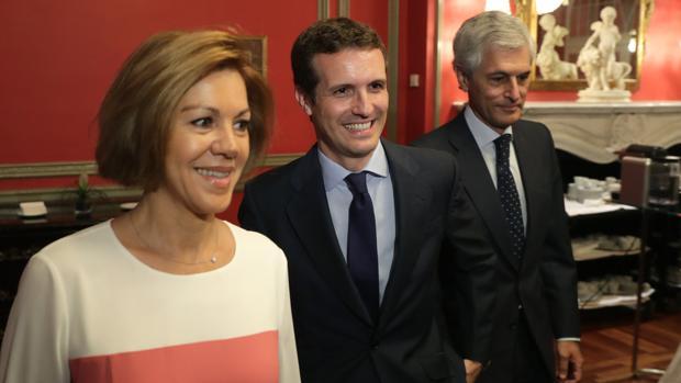 Cospedal apoya de forma pública a Casado: «Ofrece un proyecto ilusionante en el PP»
