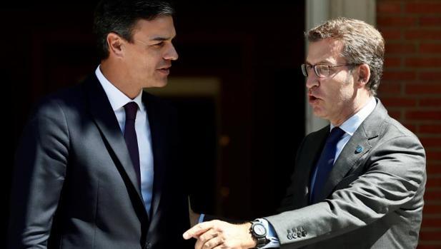 Sánchez y Feijóo durante su encuentro en La Moncloa