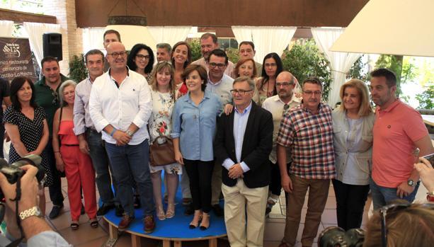 Soroya Saénz de Santamaría, con García-Tizón, y los diputados provinciales del PP