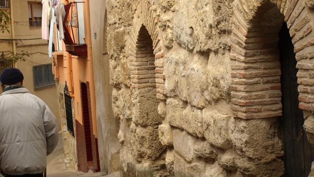 Acceso diferenciado para hombres y mujeres de la antigua sinagoga que conserva Calatayud