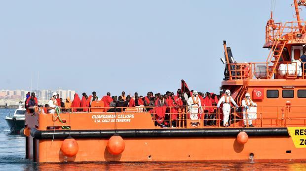 Sanchez - Más de 1.100 inmigrantes han sido rescatados este fin de semana procedentes de 65 pateras Migracion-kGlH--620x349@abc