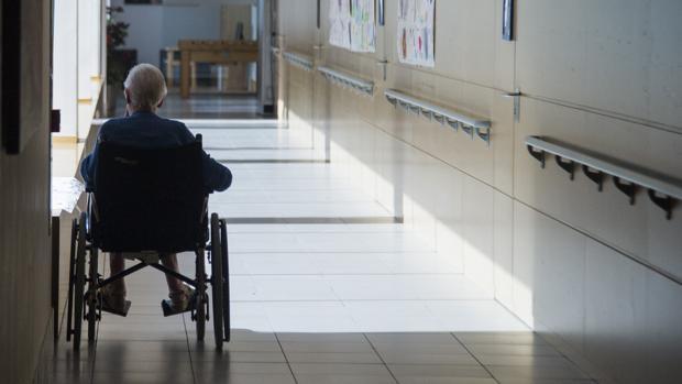 La vida de lujo de la auxiliar de enfermería que saqueaba sin escrúpulos a ancianos discapacitados
