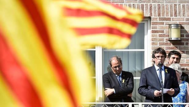 Carles Puigdemont y Joaquim Torra durante una reunión en Bruselas la pasada semana