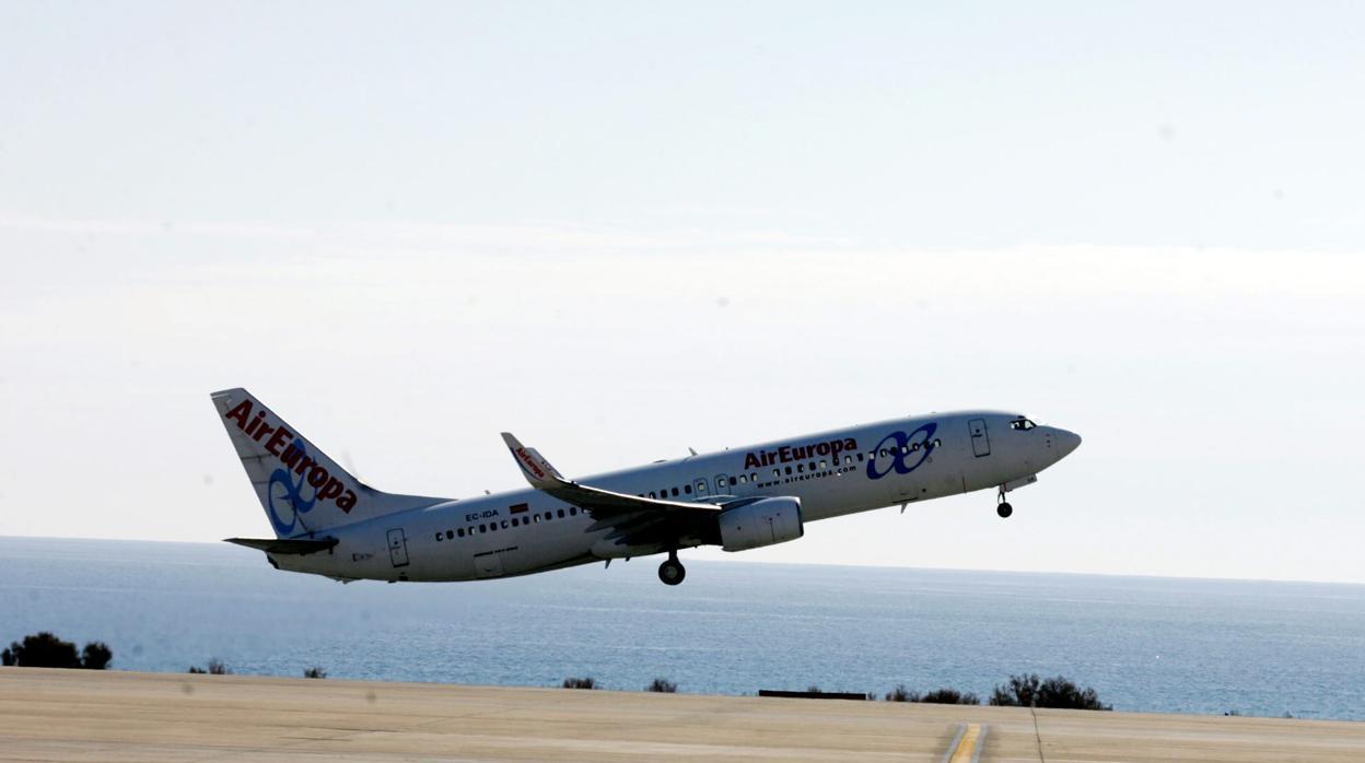 Thomas Cook y Air Europa amplían la oferta de vuelos en Salamanca y valladolid