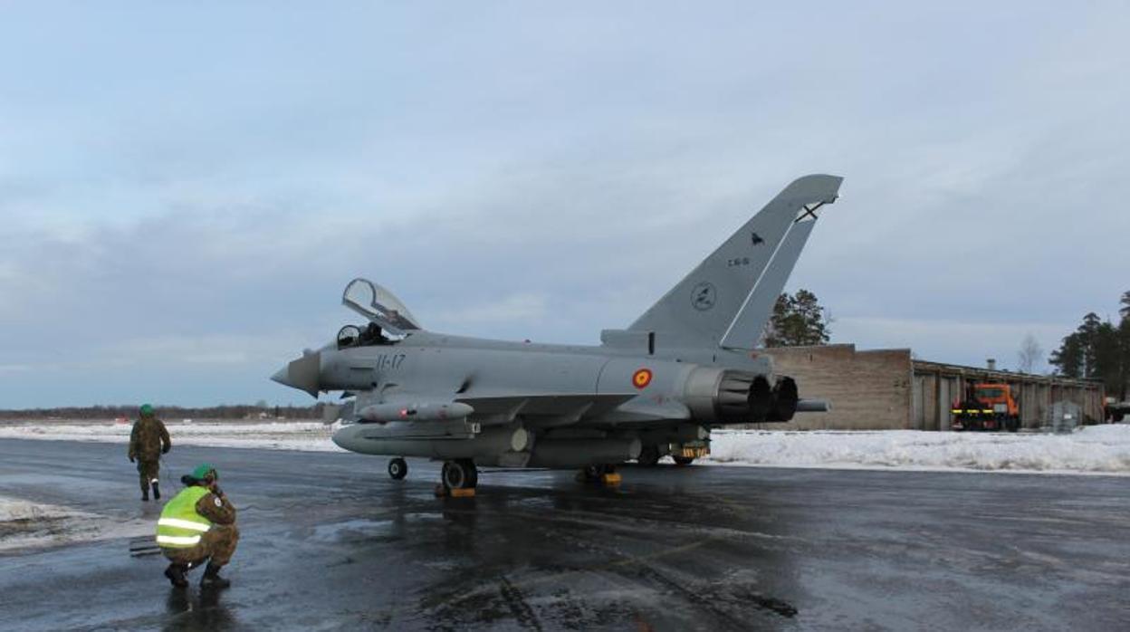 Un caza Eurofighter español dispara un misil accidentalmente en Estonia