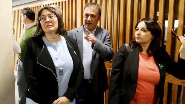 Natxo Bellido, Maria José Espuch y Sonia Tirado, los tres concejales de Compromís