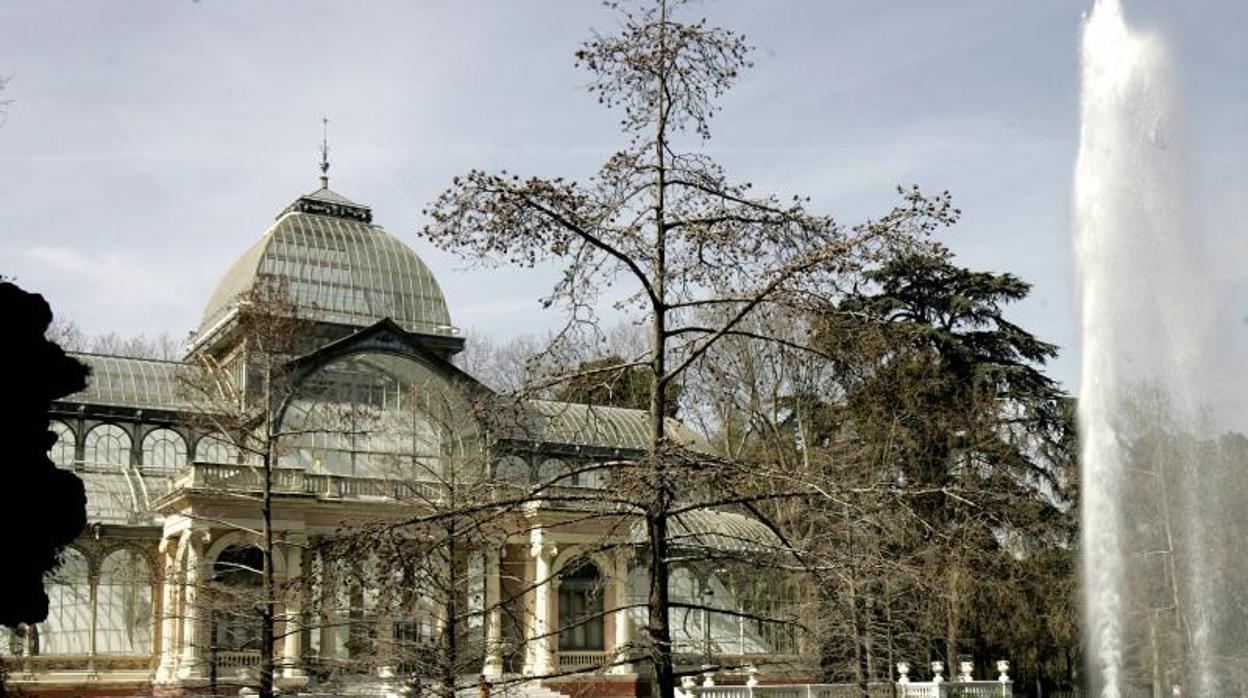 El Palacio de Cristal y el de Velázquez abren de noche