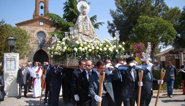 Procesión en honor a la Virgen de la Piedad