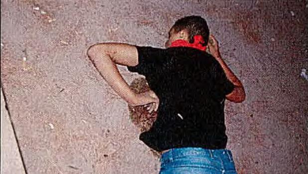 Imagen de uno de los terroristas de Cambrils tras ser abatido por los Mossos