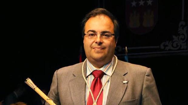 Santiago Llorente, alcalde de Leganés, en el momento que tomó posición de su cargo en junio de 2015