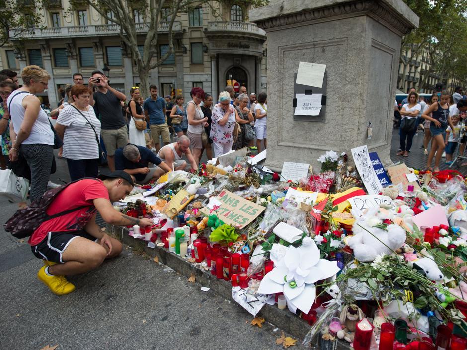 Guía de los actos de homenaje a las víctimas del 17-A