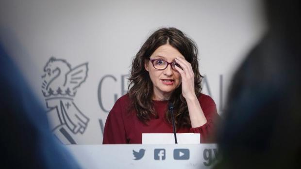 La vicepresidenta del Consell, Mónica Oltra, en una rueda de prensa