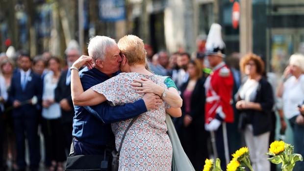 Familiares de las víctimas mortales del atentado del 17 de agosto del año pasado