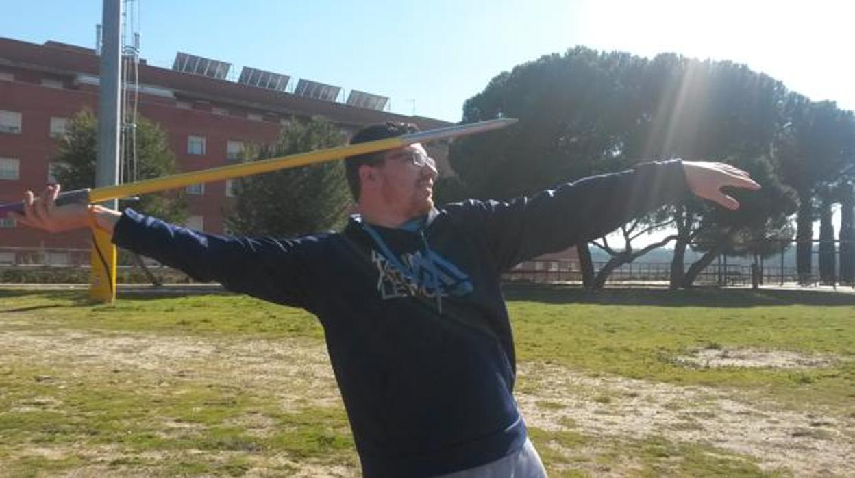 Una aerolínea extravía la jabalina con la que Héctor Cabrera iba a participar en los Europeos Paralímpicos
