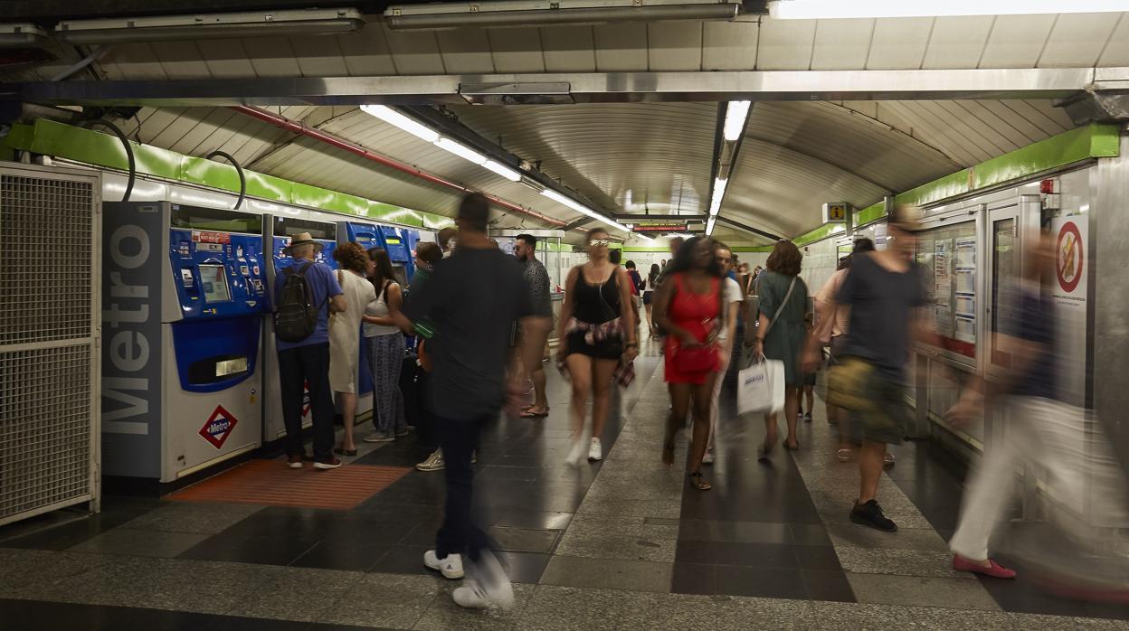 Guía para no sufrir el cierre del Metro de Gran Vía: alternativas y fechas