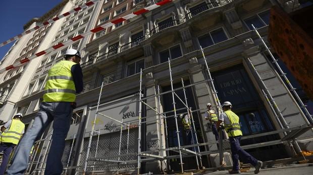 Hemeroteca: Baraka demanda a Riu y pide que se paralicen las obras del Edificio España | Autor del artículo: Finanzas.com