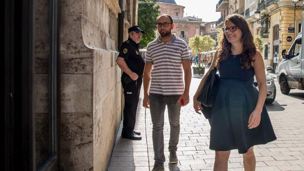 Mónica Oltra, a su llegada al Palau de la Generalitat este miércoles