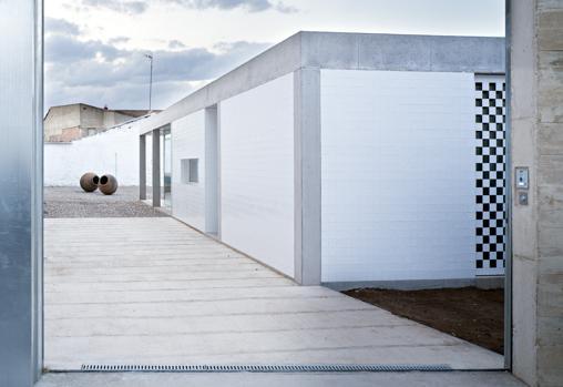 El entorno en que se ubica la casa ha sido elemento indispensable en su concepción