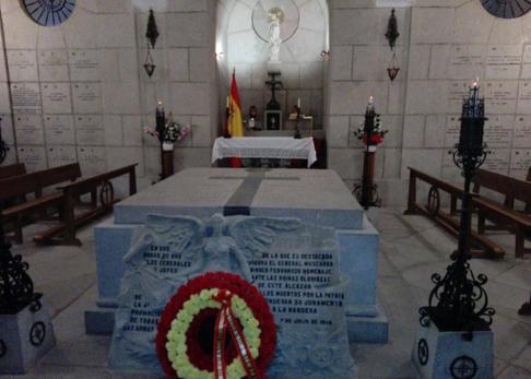 La cripta donde está enterrado el general Moscardó junto a otros defensores del Alcázar de Toledo
