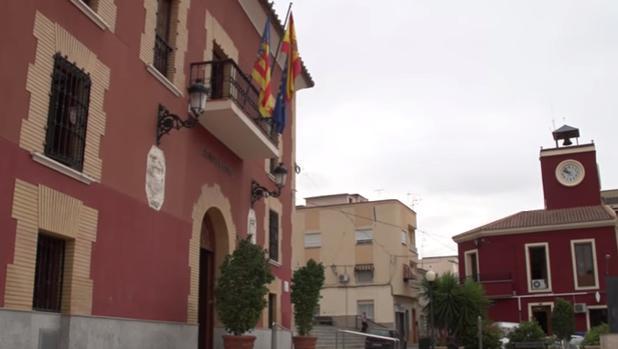 Fachada del Ayuntamiento de Redován