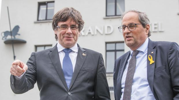 El expresidente catalán , Carles Puigdemont, y el presidente de la Generalitat, Quim Torra, en Bélgica