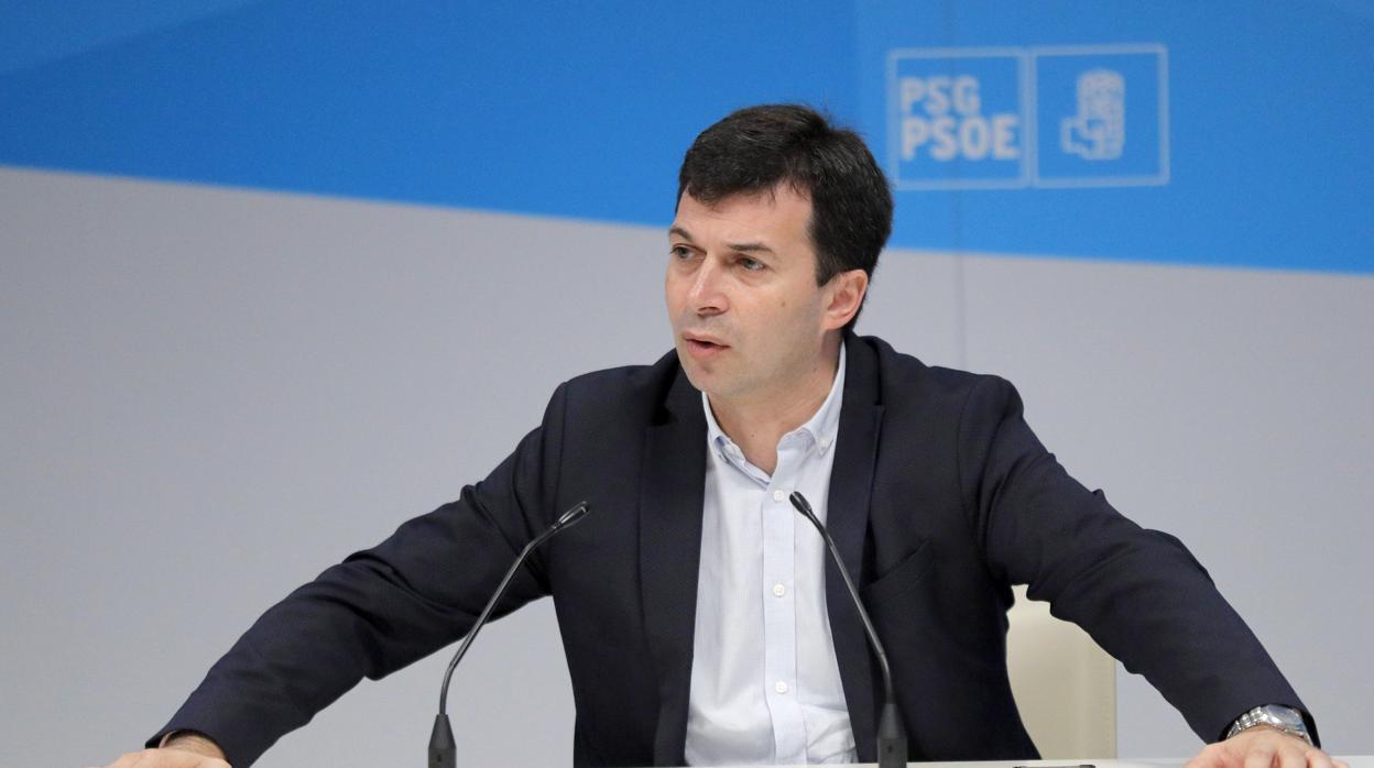 El PSdeG busca paliar la comisión del Marisquiño con una de sanidad