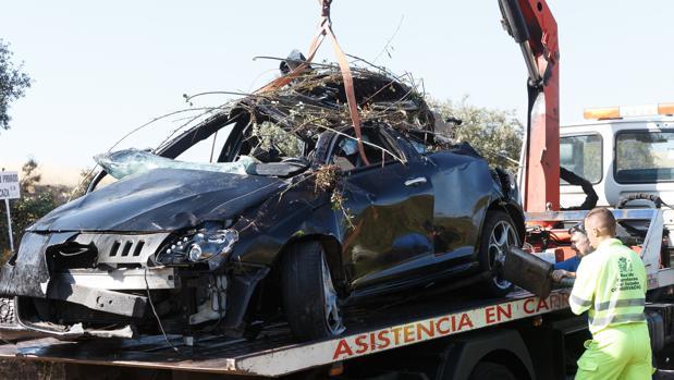 Estado en el que quedó el turismo en el que viajaba la mujer fallecida en un accidente de tráfico en Zamora