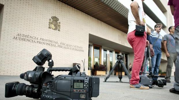 Acceso a la Audiencia Provincial de Castellón, sede del juicio