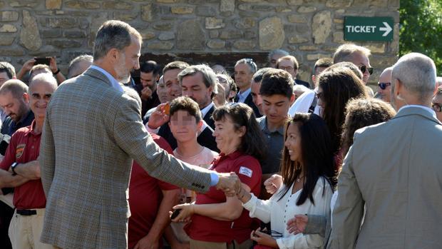 Felipe VI, durante su vista al Parque Nacional de Ordesa (Huesca)