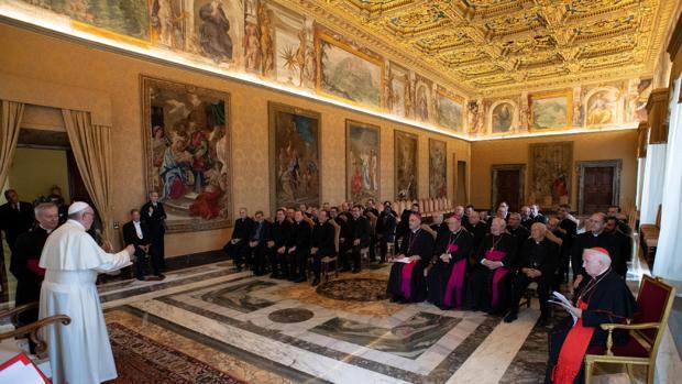 Imagen de la audiencia del Papa. A la derecha, el cardenal Cañizares