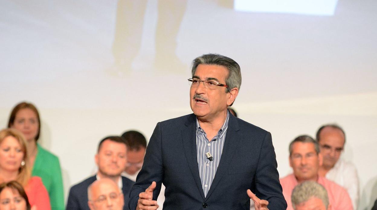 Las cinco cosas que debes saber del nuevo Estatuto de Canarias según Román Rodríguez