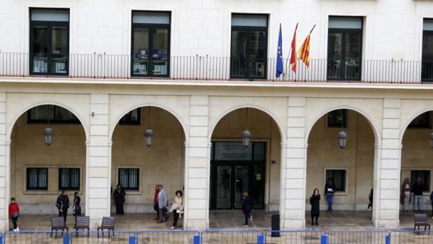 Fachada de la Audiencia Provincial de Alicante, sede del juicio