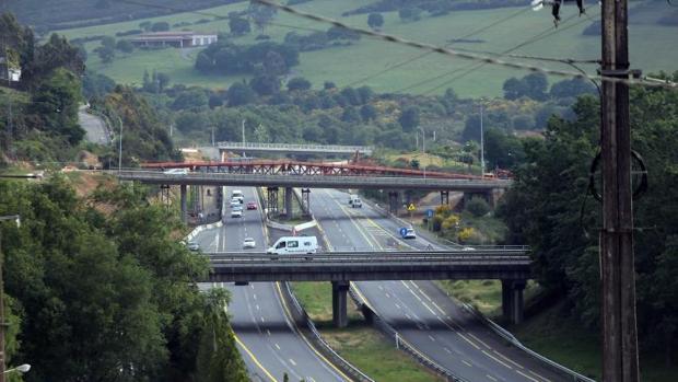 La autopista AP-9 a su paso por Santiago de Compostela