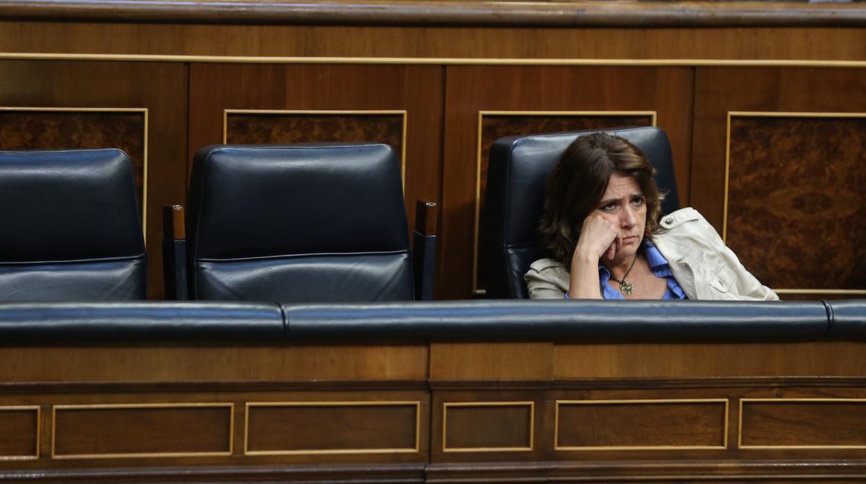 El PP da por «dimitida» a la ministra Dolores Delgado