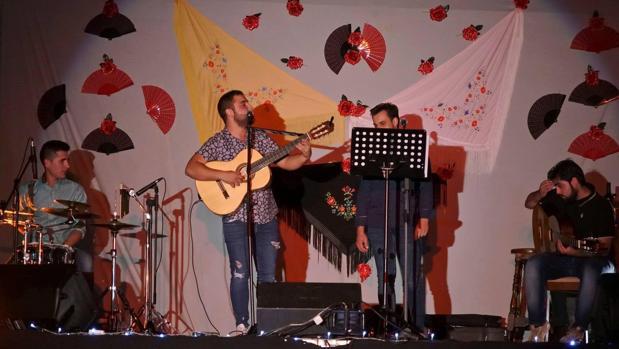 El grupo «Sueño Flamenco» amenizará la noche en Pantoja