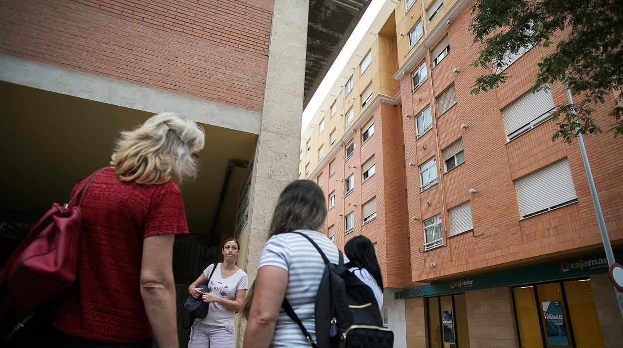 El Gobierno cuestiona el análisis que calificó de bajo el riesgo de la madre de las niñas asesinadas en Castellón