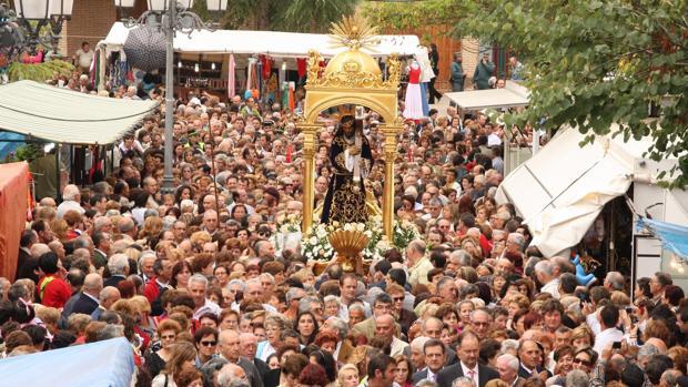 Imagen de la multitudinaria procesión del Santísimo Cristo de Urda