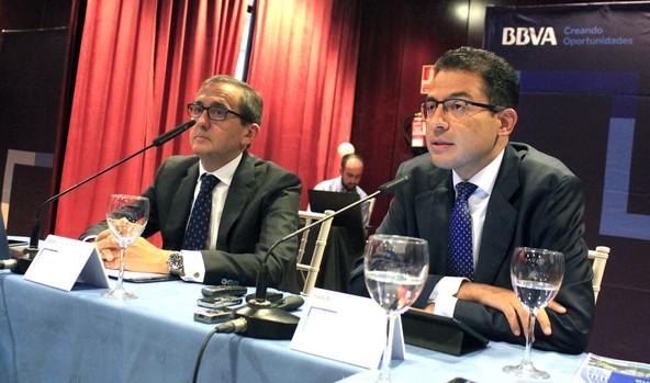 Juan Carlos Hidalgo y Miguel Cardoso, durante la presentación del informe de BBVA