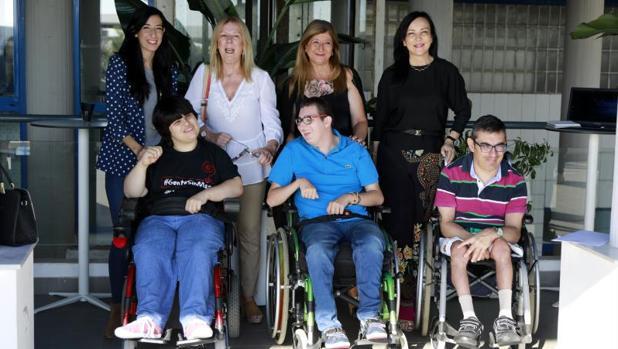 Familias de la asociación APCA en Alicante