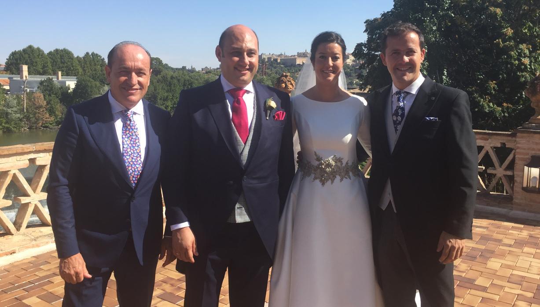 Multitudinaria boda del empresario Luis Fernández y Dolores Hijosa
