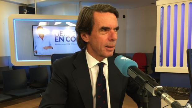 José María Aznar, en los estudios de la Cadena Cope