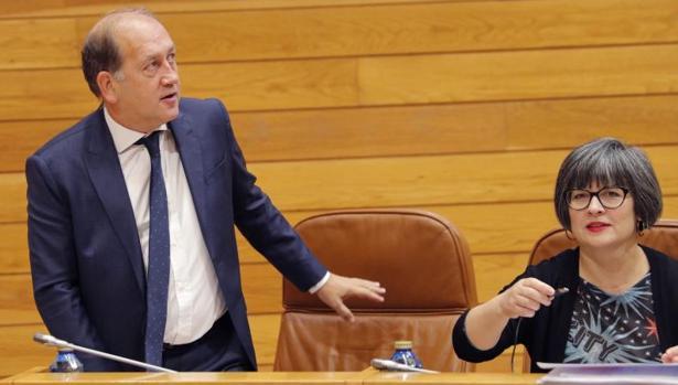 Leiceaga y Patricia Vilán al comienzo del Debate del Estado de Autonomía