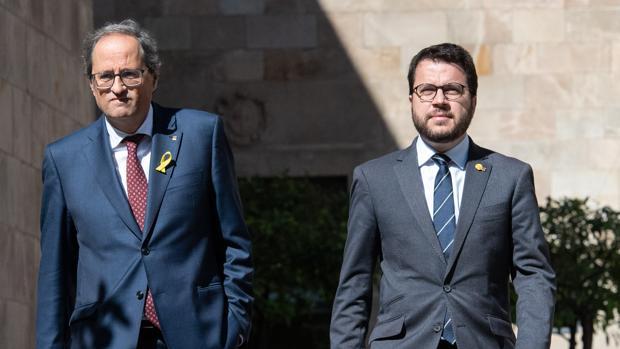 Quim Torra y el vicepresident, Pere Aragones, tras la reunión que mantuvieron en el Palau la semana pasada
