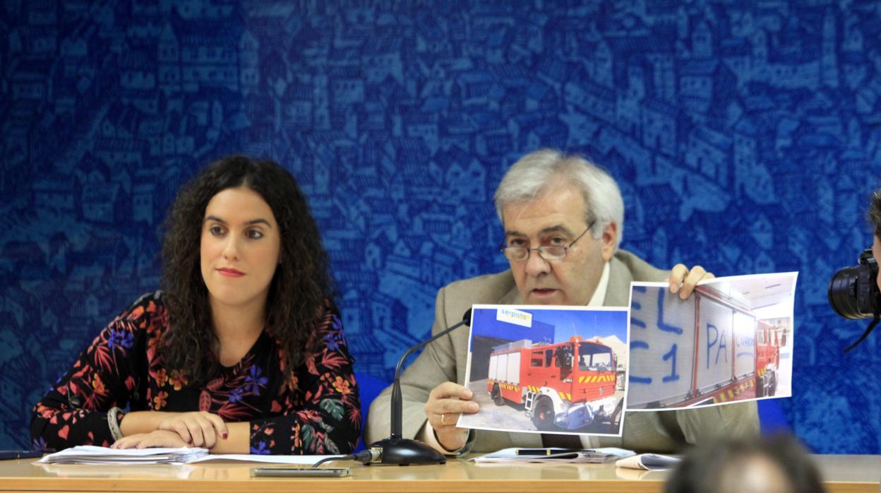 Del Pino, a los bomberos:«Ese no es el camino para doblegarnos»